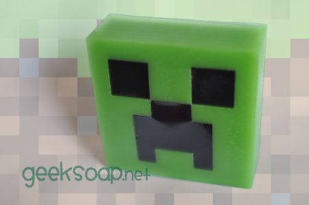 Minecraft Creeper soap by GEEKSOAP.net